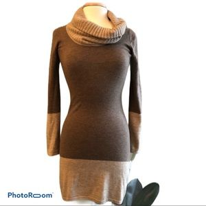 Athleta wool XS cowl colorblock sweater dress